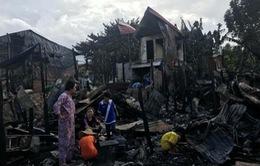 Đại sứ quán Việt Nam hỗ trợ kiều bào Campuchia sau vụ hỏa hoạn