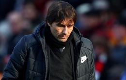 NÓNG: HLV Antonio Conte chính thức bị sa thải