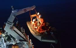 Cứu nạn thuyền viên tàu BĐ 97974 TS bị tai biến tại quần đảo Hoàng Sa