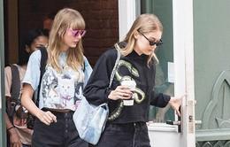 """Taylor Swift """"hẹn hò"""" cùng Gigi Hadid sau nhiều năm"""