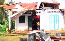 Gần 100 căn nhà bị sập, tốc mái do dông lốc tại Cần Thơ