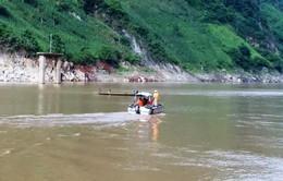 Vụ lật thuyền gỗ tại Lai Châu: Chưa tìm thấy 3 nạn nhân mất tích