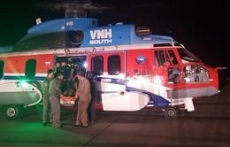 Điều trực thăng ra biển hỗ trợ ngư dân gặp nạn ở Trường Sa