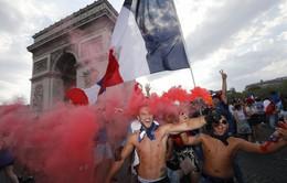 ẢNH: Người dân Pháp đổ ra đường ăn mừng chức vô địch World Cup 2018