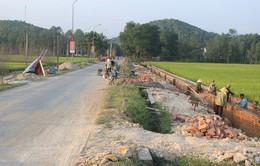Thu sai, chính quyền xã phải trả lại hộ nghèo tiền thu xây dựng nông thôn mới