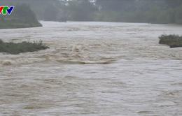 Hà Tĩnh: Nhiều nhà dân bị tốc mái, hàng ngàn héc-ta cây trồng bị ngập úng sau bão