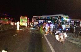 Thêm một nạn nhân tử vong trong vụ tai nạn xe khách liên hoàn ở Khánh Hòa