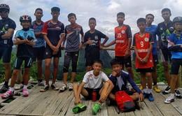 NÓNG: Đã tìm thấy đội bóng thiếu niên bị mắc kẹt trong hang ở Thái Lan