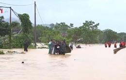 Nhiều hộ dân tại Phú Thọ bị cô lập do mưa lũ