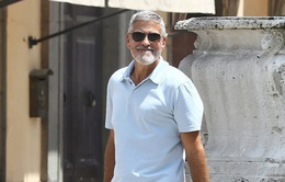 George Clooney lộ diện sau tai nạn mô tô