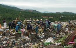 Tiêu điểm: Ùn ứ rác thải sinh hoạt đô thị