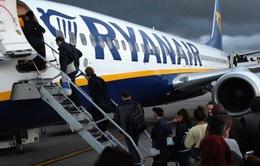 Nhiều hãng hàng không kiện Pháp