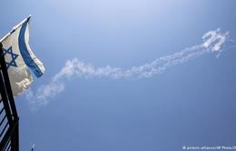 Israel bắn hạ máy bay chiến đấu Syria