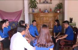 Thanh niên Đoàn Khối các cơ quan Trung ương tại miền Trung thăm gia đình chính sách