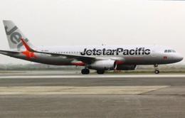 Hành khách tự ý mở cửa thoát hiểm máy bay bị phạt 2 triệu đồng