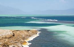 Hồ nước khiến du khách như lạc tới thiên đường