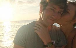 """""""Thiên thần"""" Karlie Kloss sắp kết hôn, Taylor Swift là phù dâu?"""