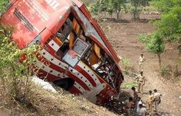 Tai nạn xe bus ở Ấn Độ, ít nhất 33 người thiệt mạng