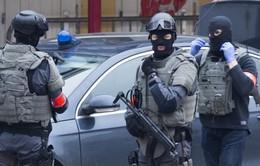 Bỉ bắt giữ 2 đối tượng đánh bom tại Pháp