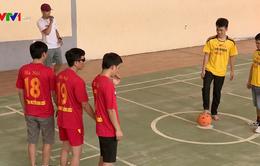 Tình yêu bóng đá của những người khiếm thị