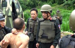Sơn La: Khởi tố vụ án Tàng trữ sử dụng trái phép vũ khí quân dụng và Chống người thi hành công vụ