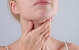 Làm sao để biết mắc ung thư tuyến giáp hay không?