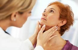 Cảnh giác với hạch sau tai - dấu hiệu nghi ngờ ung thư tuyến giáp