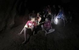 3 phương án giải cứu đội bóng thiếu niên Thái Lan mắc kẹt trong hang