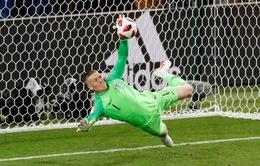 Thủ thành Pickford của ĐT Anh nói gì khi phá penalty của ĐT Colombia?