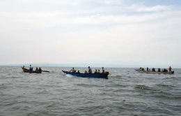 Lật tàu ngoài khơi Thái Lan, khoảng 20 người mất tích
