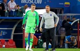 """FIFA World Cup™ 2018: Bị chê...lùn, thủ thành tuyển Anh """"đấu võ mồm"""" với Thibaut Courtois"""