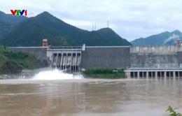 Thủy điện Sơn La mở cửa xả đáy