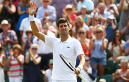 Ngược dòng trước Edmund, Djokovic thẳng tiến vào vòng 4 Wimbledon 2018