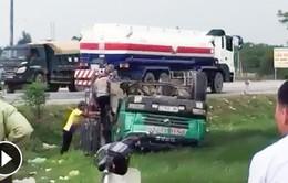 Xe tải đâm nhau, 2 tài xế thoát chết trong gang tấc