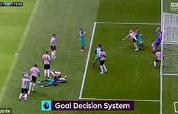 Tottenham may mắn có bàn đầu tiên mùa giải mới nhờ công nghệ Goal-line