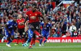 Sanchez và Pogba tranh nhau đá phạt đền trong chiến thắng của Man Utd