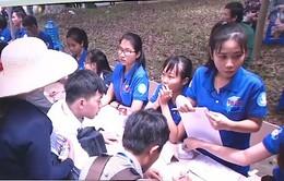 TP.HCM: Nhiều hoạt động tình nguyện hỗ trợ tân sinh viên