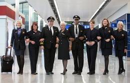 Phi công bị tố nhiều lần đăng ảnh nóng của nữ tiếp viên hàng không