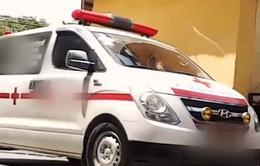 Độc quyền xe cứu thương: Nỗi sợ hãi của tài xế và người bệnh