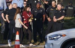 Thắt chặt an ninh ngày học sinh trở lại trường sau vụ xả súng ở Mỹ