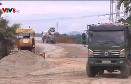 Bỏ ngỏ thời gian thông tuyến cao tốc Đà Nẵng - Quảng Ngãi