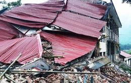 Trường học chực chờ đổ sụp ở Kon Tum, Thanh Hóa