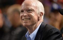Thượng nghị sỹ Mỹ John McCain ngừng điều trị ung thư não