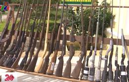 Thu giữ hàng trăm khẩu súng quân dụng và tự chế ở Đăk Lăk