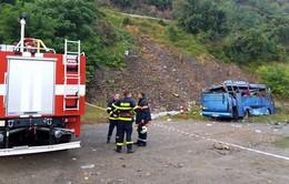 Xe bus trượt khỏi đường cao tốc ở Bulgaria, 15 người thiệt mạng