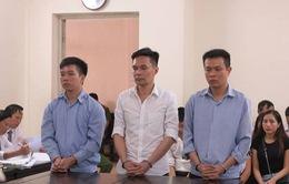 Cán bộ Hải quan lĩnh án 16 năm tù vì đánh tráo ngà voi