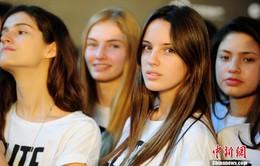 Bùng nổ nhu cầu người mẫu nước ngoài tại Trung Quốc