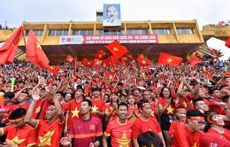Phóng viên Thể Thao VTV tác nghiệp tại ASIAD 2018: Dù thua trận, nhưng cổ động viên vẫn tự hào về ĐT Olympic Việt Nam