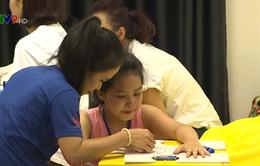 Nhiều khó khăn trong công tác phát hiện và can thiệp sớm trẻ tự kỷ