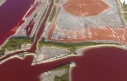 Hồ muối đổi màu vì nắng nóng tại Trung Quốc